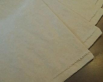 "100 Merchandise Kraft Paper Bags 8.5"" × 11"""