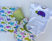 FREE USA shipping, Custom Baby set, Appliqued Turtle onesie and burp cloth set, Turtle Girl, Appliqued turtles onesie, turtle baby shower