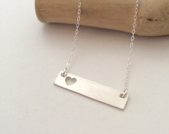 Single Heart Bar Necklace, Heart Necklace, heart silhouette, bar necklace, Mom Jewelry, Mom Necklace, Gift for Mom