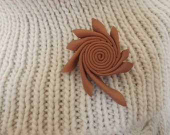 Leather brooch, swirly leather brooch, small leather brooch, leather accessories,leather embellishment,gift