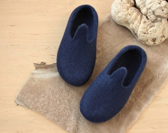 Women slippers - Natural wool slippers - felted slippers for woman - felt house shoes - dark blue