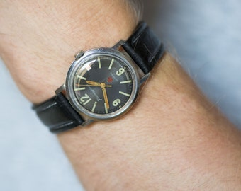 Black military wrist watch USSR, Soviet men's watch Komandirskie, mechanical watch star face, digits glow watch, premium leather strap new