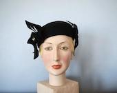 1940s vintage hat . 40s black wool felt hat