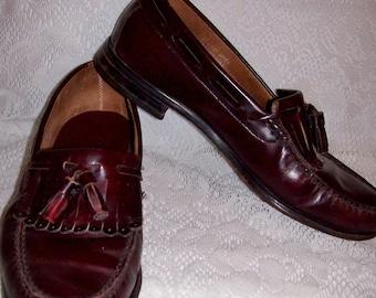 Vintage Men's Burgundy Leather Tassel Loafers Size 9 Only 8 USD
