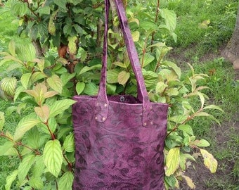 Purple embossed leather shopper