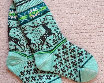 Wool Socks, Norwegian Scandinavian folk art, hand crafted 100% Wool, Fair Isle Reindeer, size Medium  Large