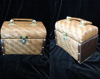 Vintage 1960s Lunch Box Purse Lacquered Straw w/ Faux Leather Hong Kong