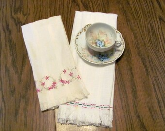 2 Soft White Dish Towels with Embroidered Trim / Cotton White Dish Towels with Fringe
