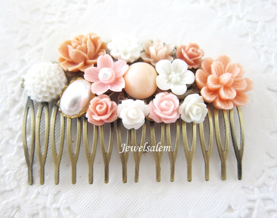 Wedding Hair Comb Pink Coral Comb for Bride White Pastel Blush Pink Hair Slide Shabby Chic Bridal Hair Pin Bridesmaids Gift Maid of Honor