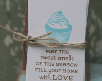 12 May the sweet smells of the season fill your home with love Gift Tags ~ Christmas in July ~ Ready to Post