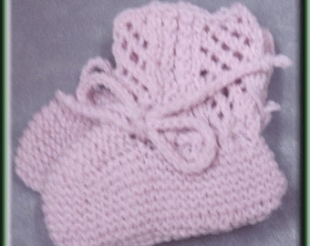 Pale Lavender Knit Baby Booties - Machine Wash and Dry - Made in USA