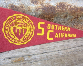 Vintage College USC University Southern California 1970s Era Small Mini Felt Pennant Banner Flag vtg Collectible Vintage Display Sports