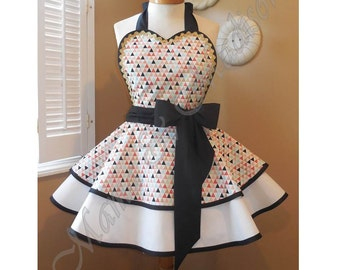 Tribal Chic Triangle Print Woman's Retro Apron With Tiered Skirt And Bib, Featuring Heart Shaped Bib