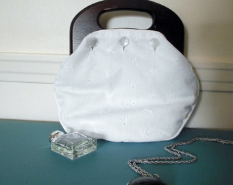 Vintage de Lanthe White Eyelet Handbag with Wooden Handles