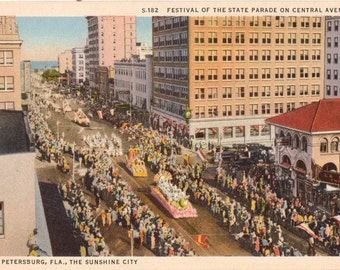 Linen Postcard, Central Avenue, St. Petersburg, Florida, Festival of State Parade