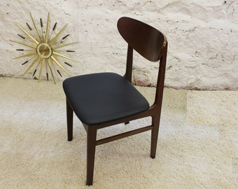 Mid Century Modern American made side, accent, arm less desk chair