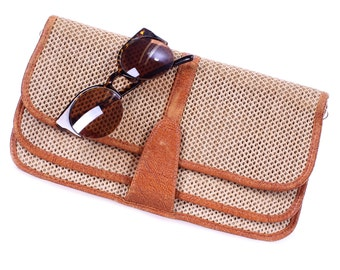 Vintage Clutch Bag 80s Retro LINEN and Faux Vegan LEATHER Hand Bag Beige Purse Fabric Money Phone Holder Pouch Accessories Medium Clutch