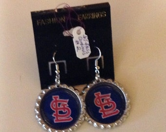 St. Louis Cardinals Earrings, sports jewelry, MLB earrings, drop and dangle earrings, bottle cap earrings, Cardinals earrings