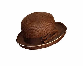 Derby Hat for Women, Brown Hat, Chocolate Brown Straw Hat, White Piping, Vintage 1970s, Summer Hat, Brown Derby, Vintage Hats