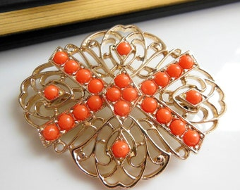 Vintage Signed Sarah Coventry 'Tangerine' Large Gold Tone Salmon Bead Brooch Pin