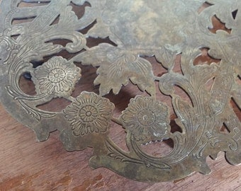 Vintage Floral Tea Trivet, silver-plated made by Wallace
