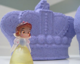 CROWN Shaped Bath Bomb with PRINCESS toy Inside