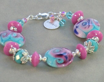 SALE! Rosy pink and turquoise lampwork bracelet, Believe charm and leaf bracelet, aqua teal and mauve lampwork lentil and polymer bracelet