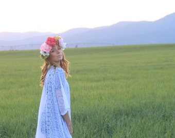 Handmade White Lace Kimono, Bohemian Beach coverup, Swimsuit Coverup, Kimono Cardigan With Fringe