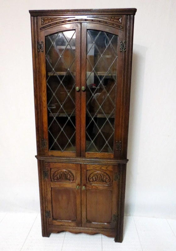 Edwardian Gothic Carved Golden Oak Corner Cabinet China Display Curio