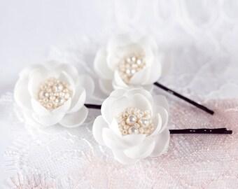 715_Ivory wedding, Flower pins, Wedding hair pins, Ivory flower pins, Hair accessories, Hair flower, Flower clips, Floral, Hair pins flowers