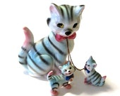 1950s Lipper & Mann Blue Striped Mother Tabby Cat Leashed Kittens Family Chained Figurines Hand Painted Japan Collectible