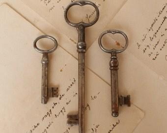 Antique Skeleton Keys - Set of 3 - Huge and Medium Skeleton Keys - 1930's