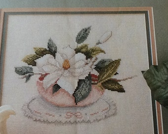 MAGNOLIA - PICTURE  PRETTY - Cross Stitch Pattern Only
