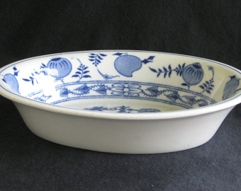 """Greenwood China Hotel Restaurant China """"Blue Onion"""" 8"""" Oval Bowl in Excellent Condition"""