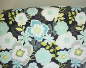Fitted Crib Sheet: Cosmopolitan Lime    by JuteBaby