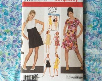 Simplicity 3833 Misses / Misses Petite Dress in Two Lengths UNCUT