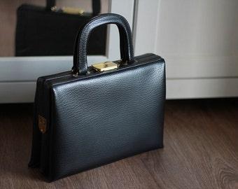 1970s Handbag  Black Women Leather Vintage Hand Bag