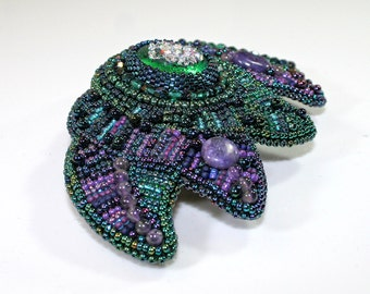 Beaded barrette - Green barrette - Purple barrette - Bead embroidered barrette - Green hair clip