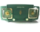 Zenith L520F Clock Radio Green Vintage 1950s