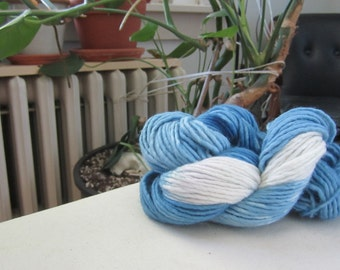 Naturally Dyed Variegated Indigo Yarn
