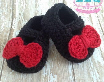 Baby Shoes Black, Crochet Baby Shoes, Baby Booties, Red Bow, Mary Jane Shoes, Black Crochet Booties, Baby Girl Clothes
