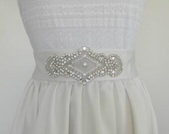Wedding Sash Belt with Pearls and Crystals, Sparkly Bridal Sash, Jeweled Wedding Belt HANNA