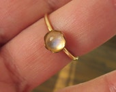 Moonstone Gold Fill Ring - Gold Filled Stone Ring - Gold Stack ring - Stone 6 mm - Flower bezel set