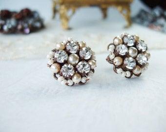 Art Deco Crystal Earrings. Sparkly Stud Earrings. Crystal Jewelry in Vintage Style. Art Deco Jewelry. Crystal Studs. Vintage Style Jewelry