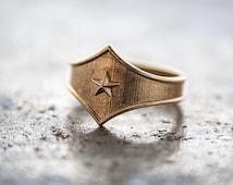 Star shield Tng combat Ring,Star shield tiara,Comics jewelry,super hero jewelry,Star shield,Star shield jewelry,super hero jewelry