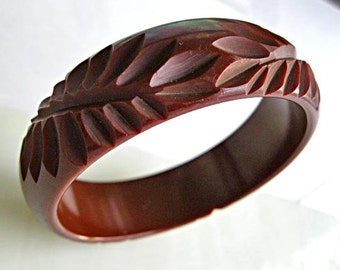 Carved Bakelite Cocoa Brown Bracelet, Fern Leaf Frond Deep Carving, Chocolate Cuff Bangle, Fall Autumn Color