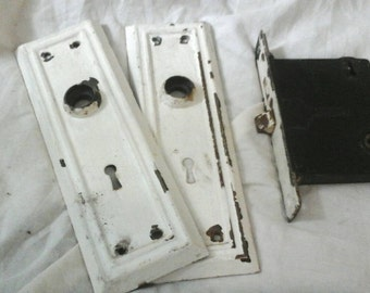 Antique chippy paint door mortise and lockplate hardware