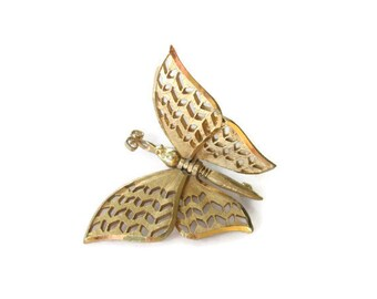 Vintage Gold tone Flying Butterfly Brooch Articulating Pin, Whimsical Jewelry