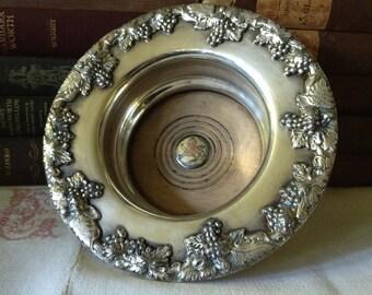 Wine Bottle Cooler Server Sheffield Silver Plate on Copper Made in England Hallmarked Standing Lion Crest