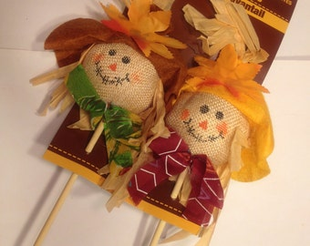set of 2 scarecrow picks, 12 inches tall (BR)